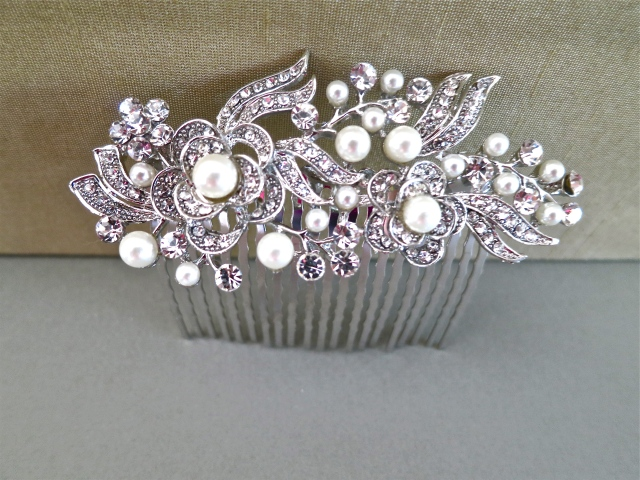 Bridal Hair Comb - Ivory Pearls Silver Hair Comb - Bridal Pearl Headpiece - Bridal Haircomb - Bridal Accessories
