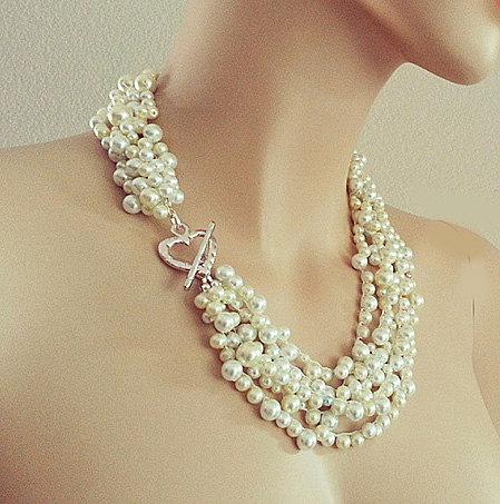 Pearl Necklace - Bridal Chunky Necklace - Pearl Wedding Jewellery - Cream Pearl Necklace - Pearl Bib Necklace